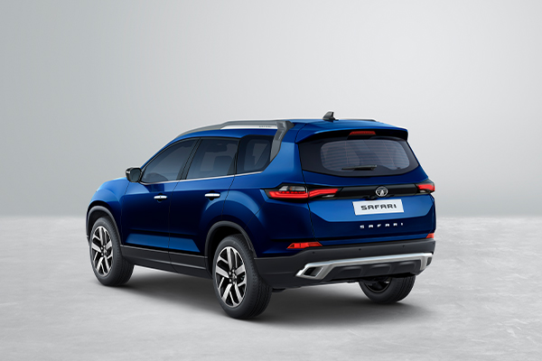 https://iciciauto.com/storage/upload/model_images/1612962286_1_Rear-3_4th-Without-Wall.jpg