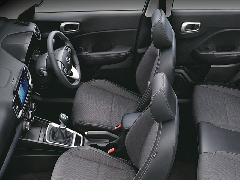https://iciciauto.com/storage/upload/model_images/Hyundai_ Venue_Seating.jpg