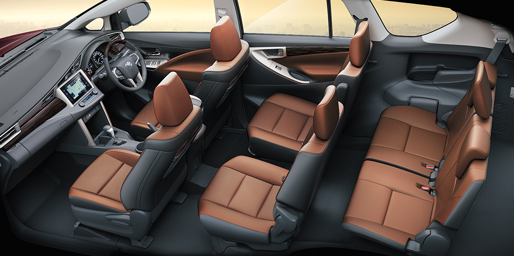 https://iciciauto.com/storage/upload/model_images/Innova Crysta-MUV-Seating.jpg