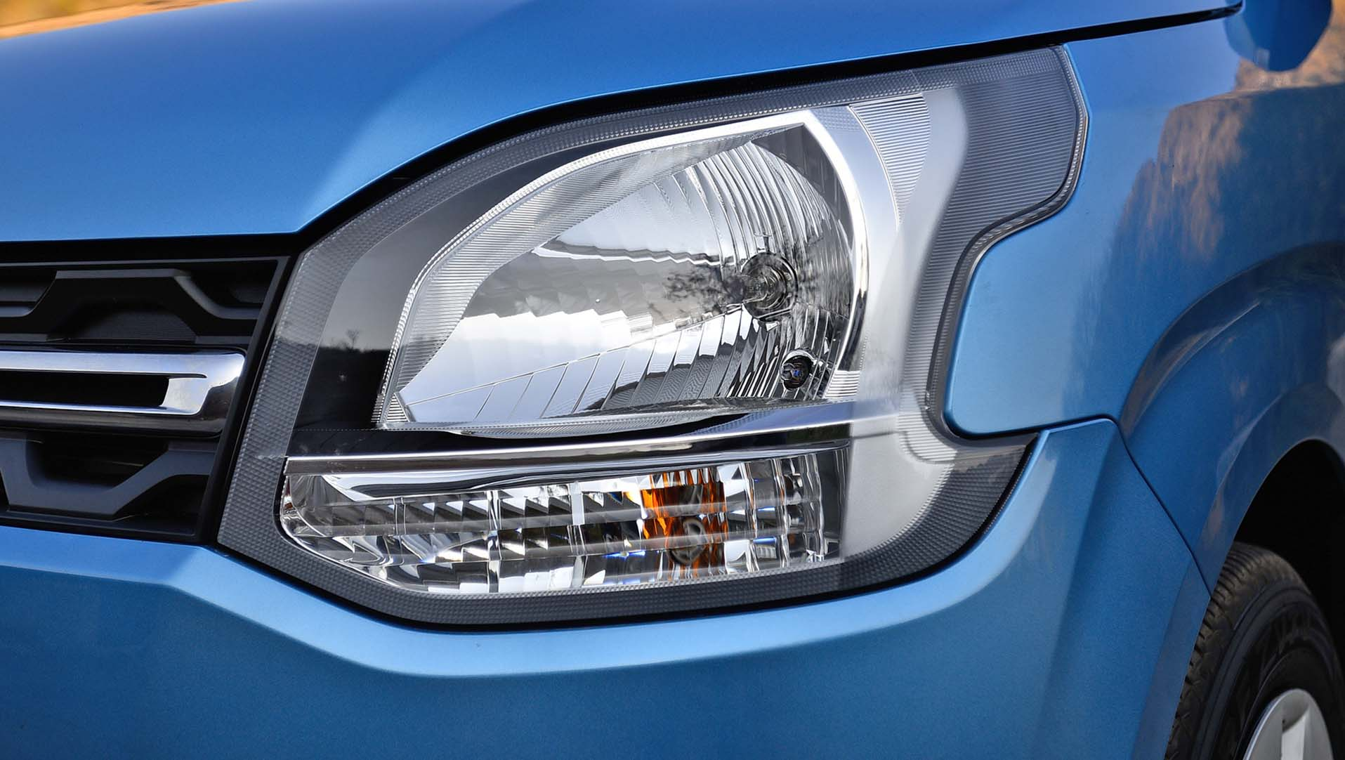 https://iciciauto.com/storage/upload/model_images/Maruti Wagon R - Headlights.jpg