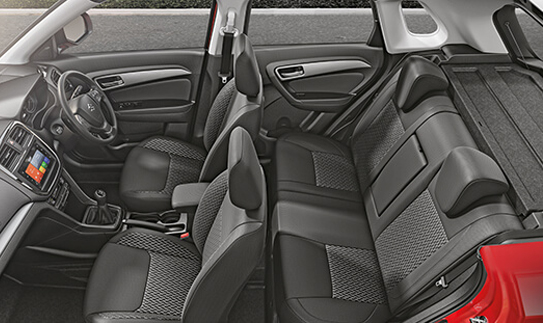 https://iciciauto.com/storage/upload/model_images/MarutiVitaraBrezza-Suv-Seating.jpg
